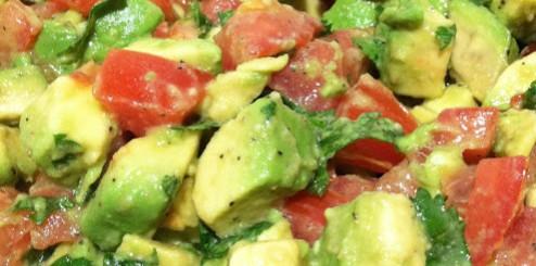 salata avocado cu rosii