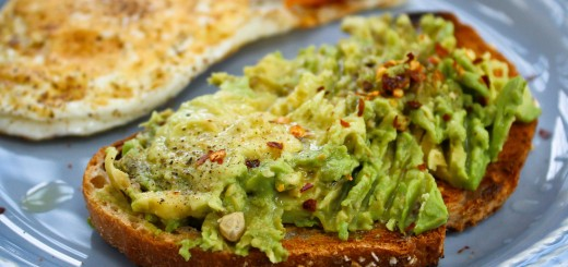 paine prajita cu avocado
