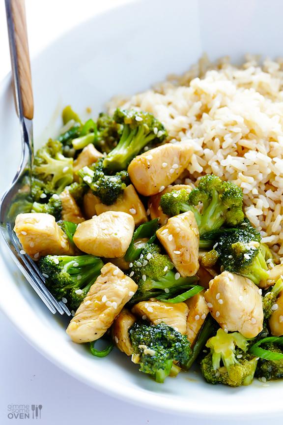 Pui cu broccoli