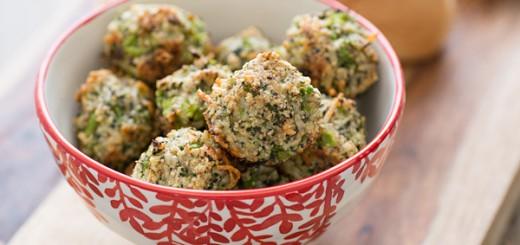 Chiftelute cu broccoli si parmezan