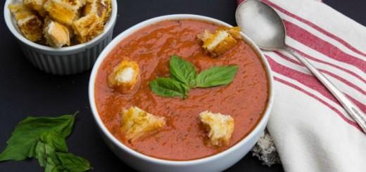 Supa crema de rosii si sandvis cald cu branza (grilled cheese sandwich)