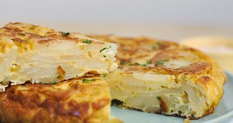 Omleta spaniola cu cartofi
