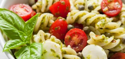 Salata Caprese cu paste