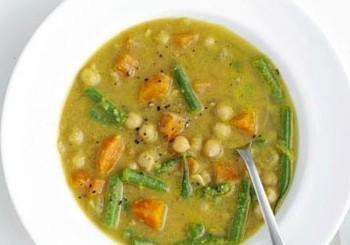 Supa de naut in stil indian