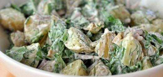 Salata de cartofi cu iaurt, rucola si marar
