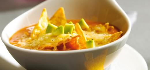 supa de avocado si tortilla chips