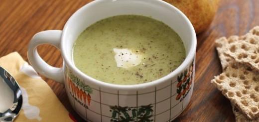 Supa de broccoli copt si branza Cheddar