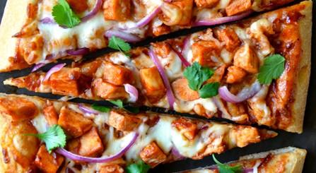 Pizza cu pui in 30 de minute