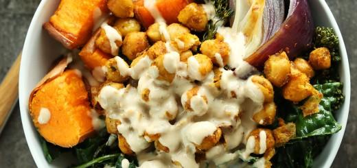Cartofi dulci cu naut si broccoli