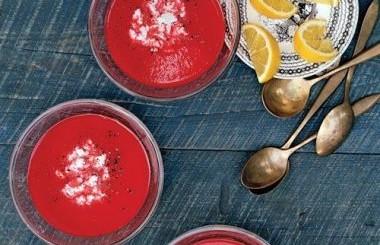Supa rece de ardei gras si sfecla